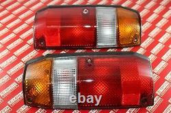 Toyota Land Cruiser 90-99 77 Series OEM Genuine Rear Tail Lights Lamps LH RH